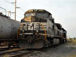 NS H94 local train's powers as NS C40-9W #9033 and, NS GP38-2 #5302
