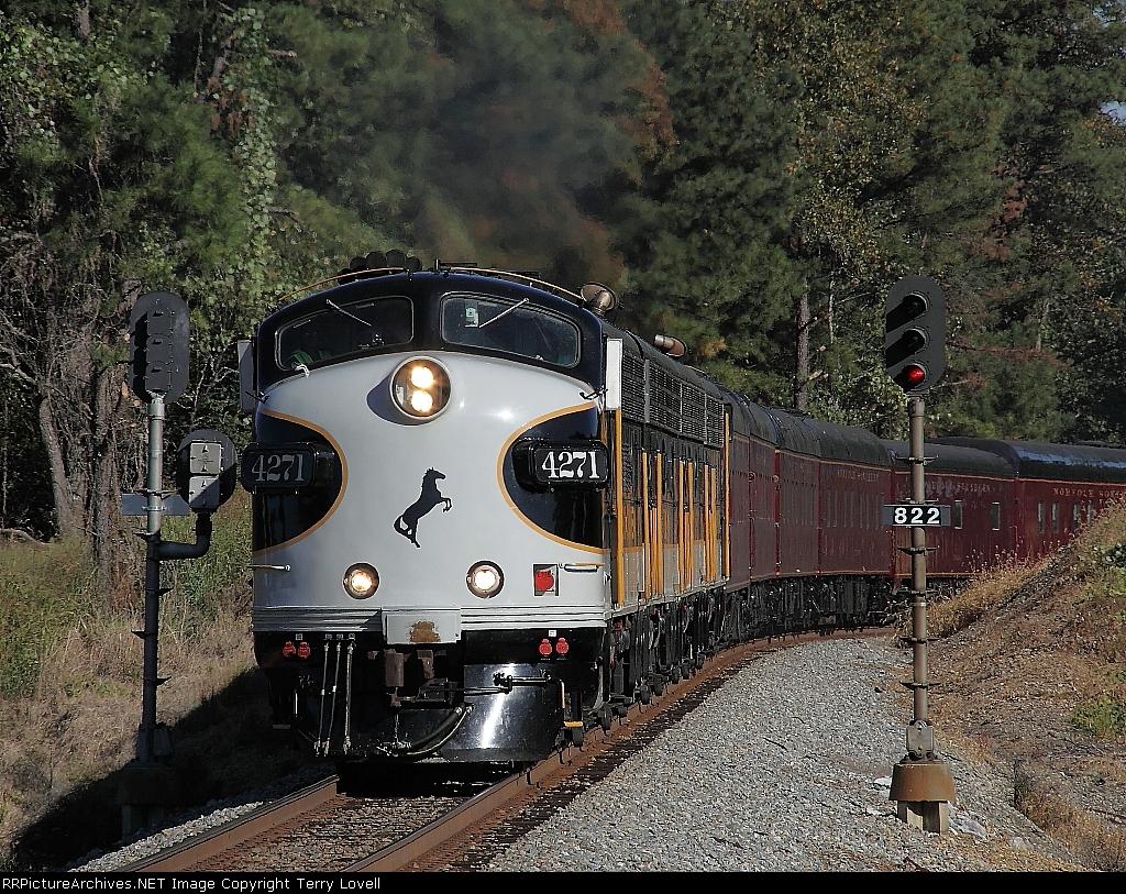 NS Train 951