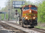 BNSF 4411 heads east lite power as E260