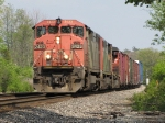 CN 2423 heads west on Track 2 leading M397