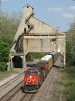 CN 2586 & 2260 lead M393 westward under the old GTW coaling tower