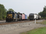 D708 shoves their loads for Lowes back towards 5 Track