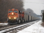 BNSF 5828 leads C766 east just past the Trowbridge diamonds