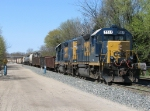With the Waverly pick up together, D700 prepares to back onto the rest of its train