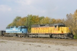 UP 7895 and GSCX 7359