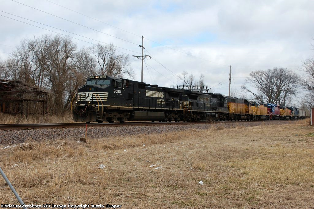 NS 9090, NS 8760, UP 359, UP 1357, HLCX 3805, UP 1417, & UP 1963