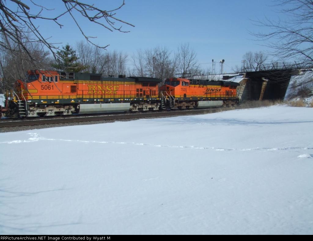 BNSF 5061