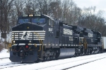 NS 262 with NS C40-9W 9647 & C40-8 8710 ( MORE DASH 9 YAY)