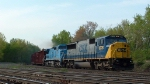CSX 8776 leads a mixed manifest off the riverline at SK interlocking