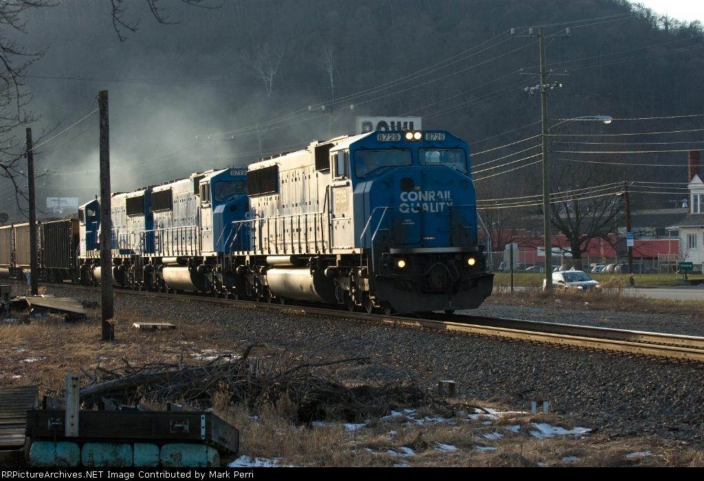 NS 6729 EB @ Harmarville throwback to Conrail days