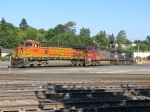 BNSF5242 and 4710 C44-9W