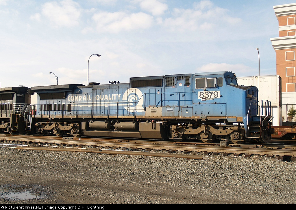 NS 8379