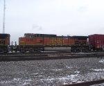 BNSF 5438
