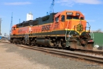 BNSF 2317 and 3001 work the grain elevators