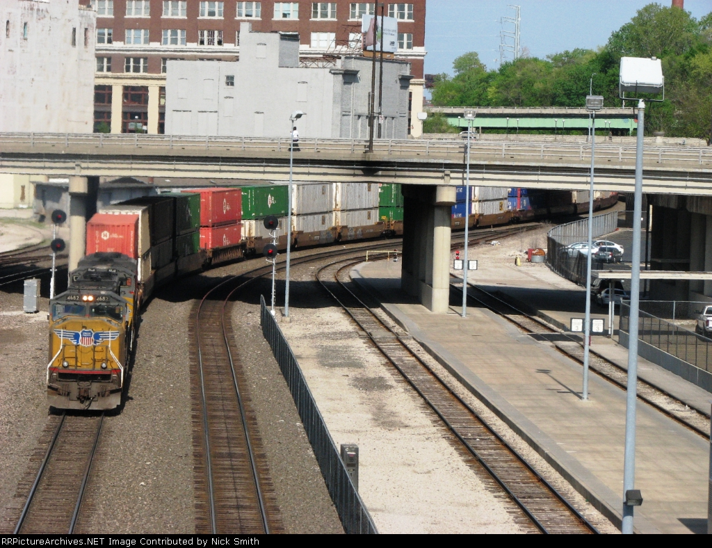 UP 4682 on KCT at Union Station