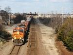 BNSF 7563 leads West
