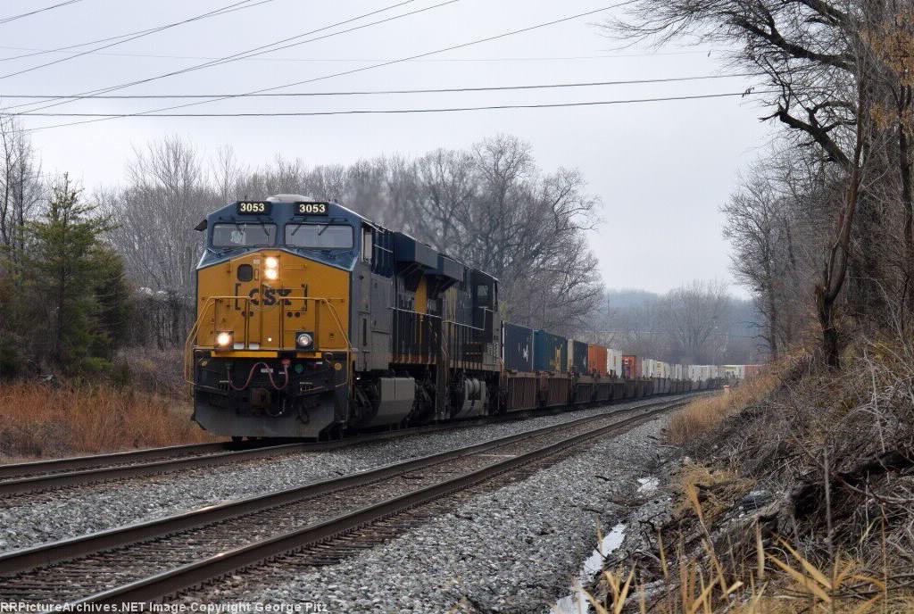 CSX train L034