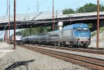 Amtrak train 86(15) overtakes MARC train 610(15)