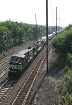 NS 9637 and train 24M