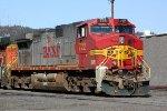 BNSF 722 w/ green plow