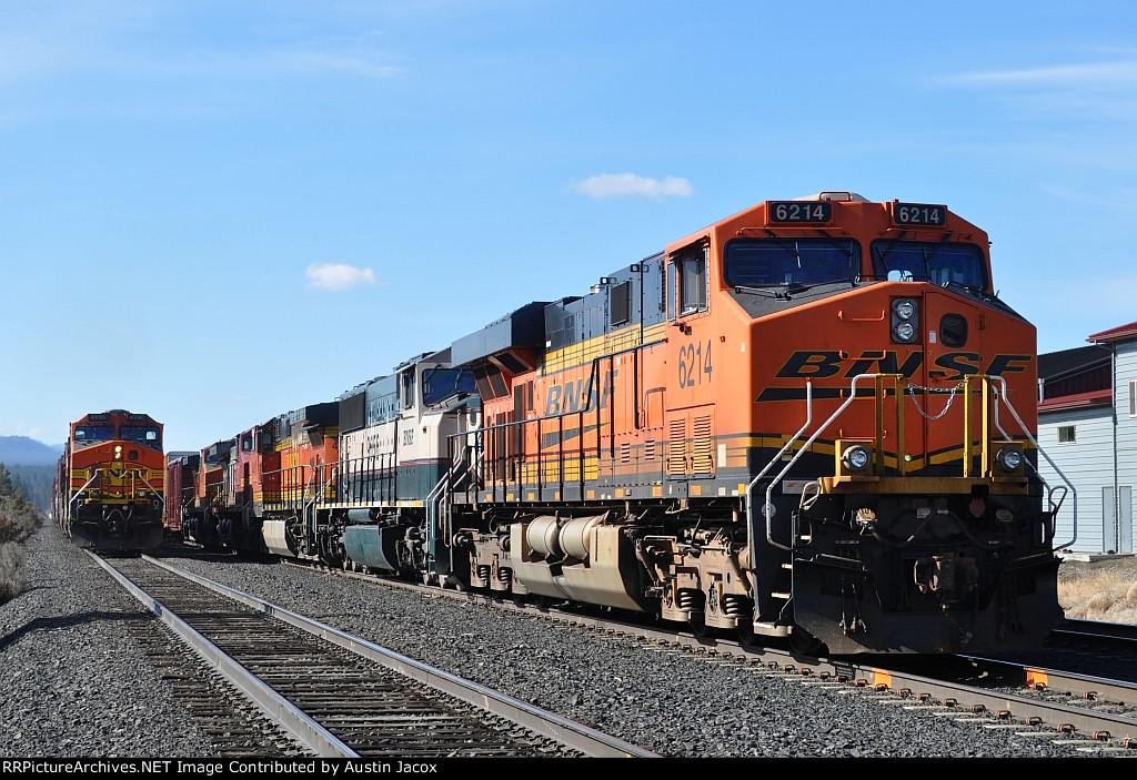 BNSF 6214 & 4990