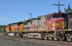 BNSF 694 Parked