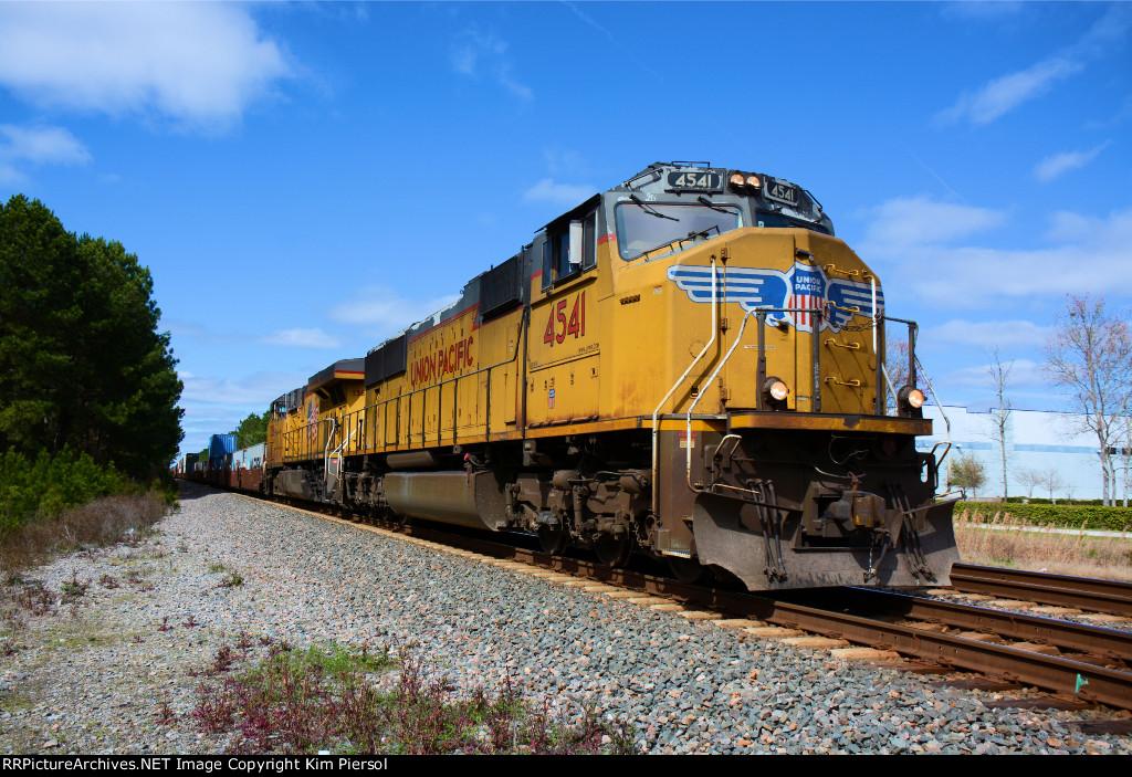 UP 4541 CSX Train Q103