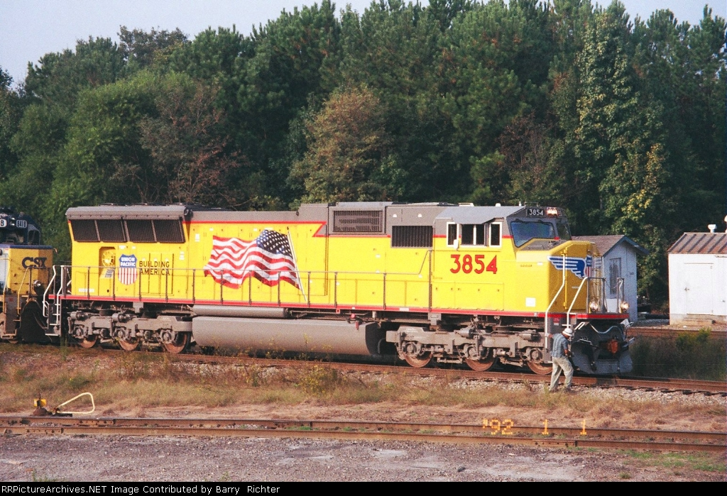 UP 3854 SD70M