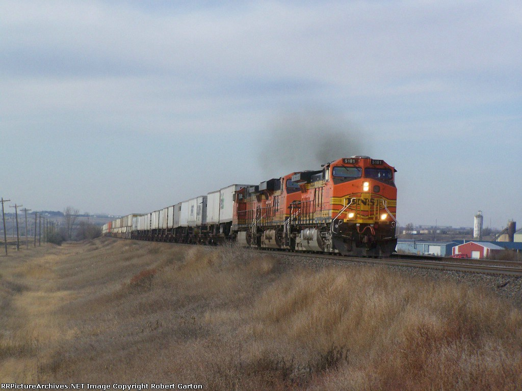 BNSF 5181 Leads a Hot Z Train Past