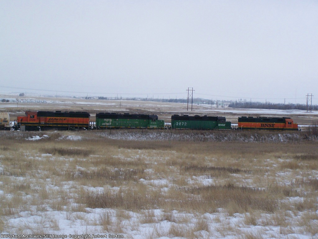 A Quartet of Geeps Shove Around a Few Tankers