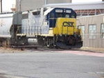 CSX 2725 SWITCHES SAND HOPPER CARS AT GERRESHEIMER GLASS IN VINELAND, NEW JERSEY