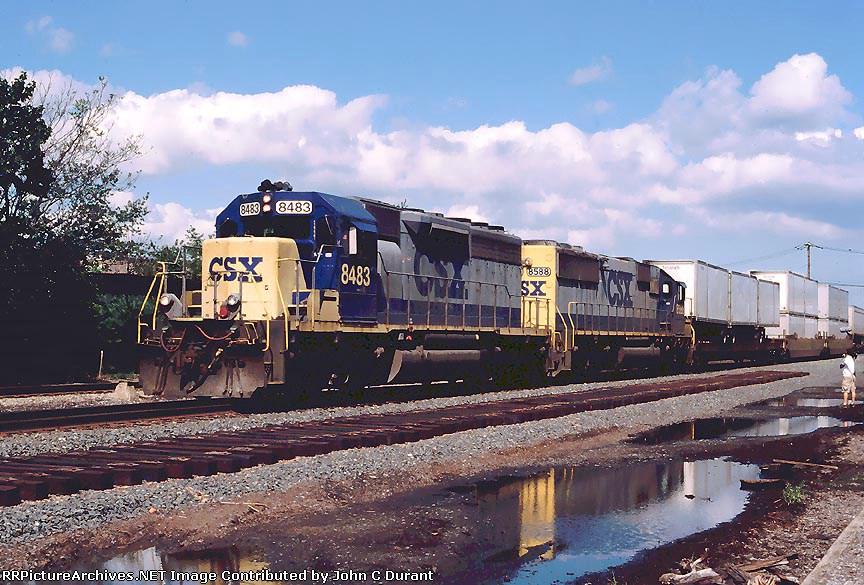 CSX 8483 Q108