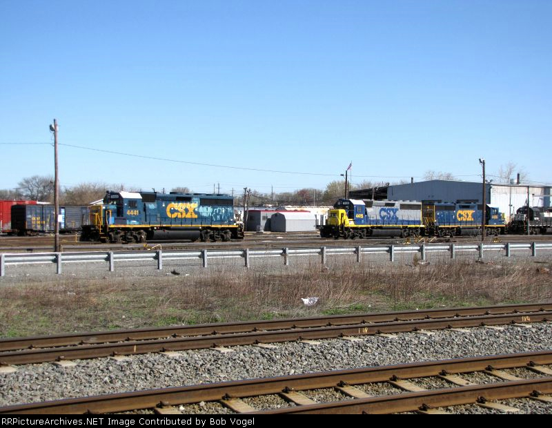CSX 4441, 4415, and 4406