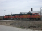 BNSF 8966  28Feb2010  NB with empties through Bowie