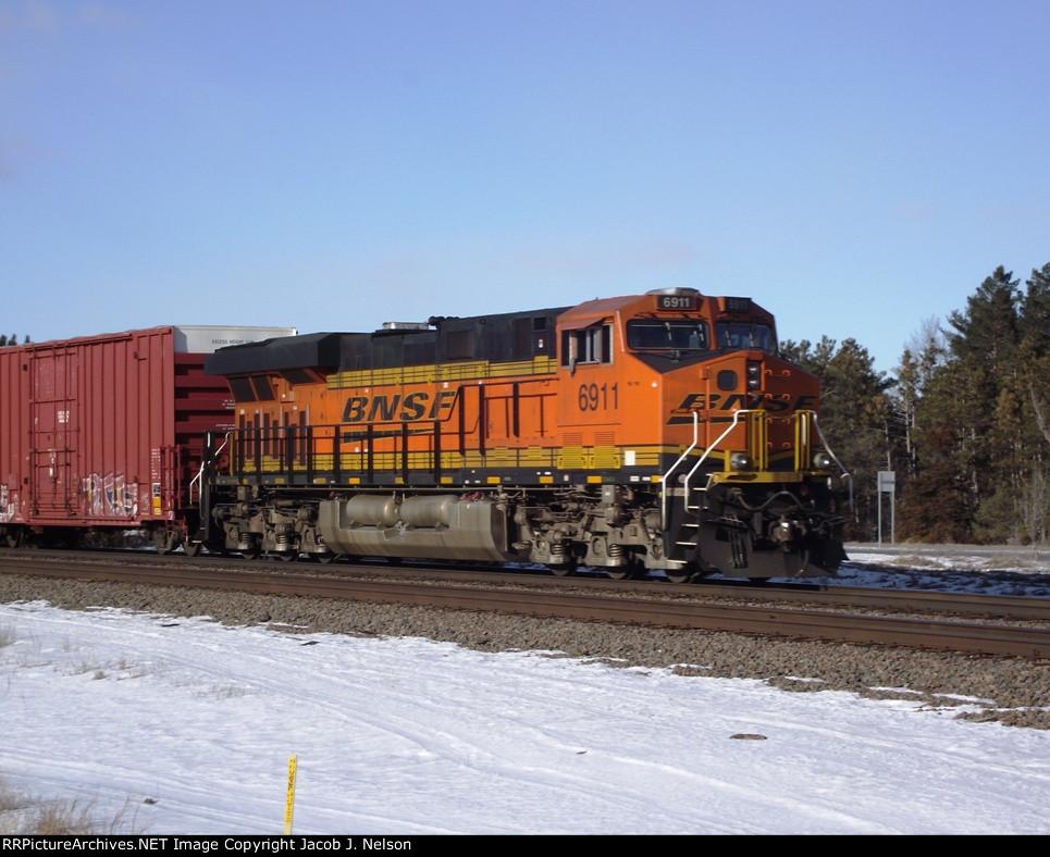 BNSF 6911 (DPU)