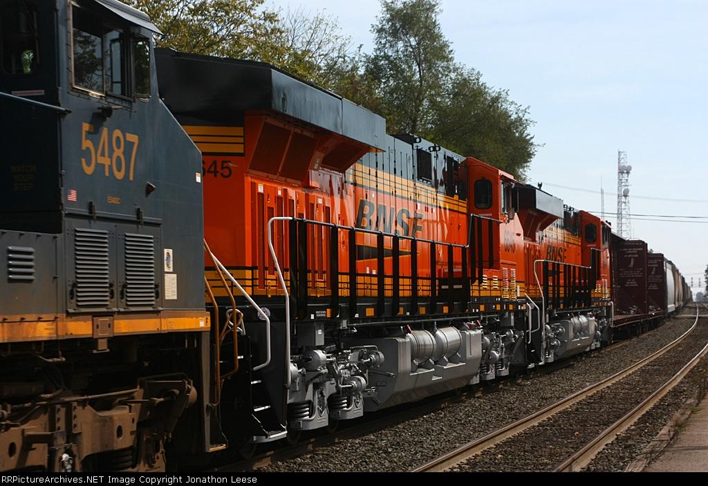 BNSF 6645 & 6644