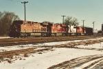 Westbound manifest enters home rails