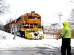 BPRR 3107 - conductor warns traffic