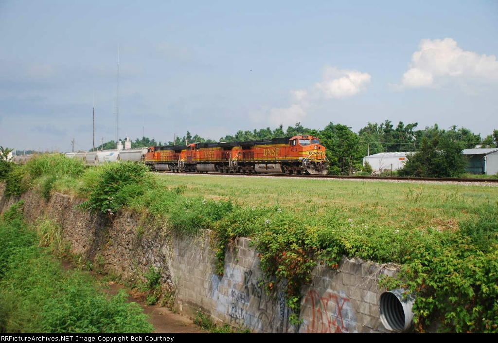 BNSF 4818