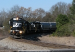 NS 968 rounds the curve at Jenkinsburg