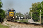 CSX 7606 heads south with Q679