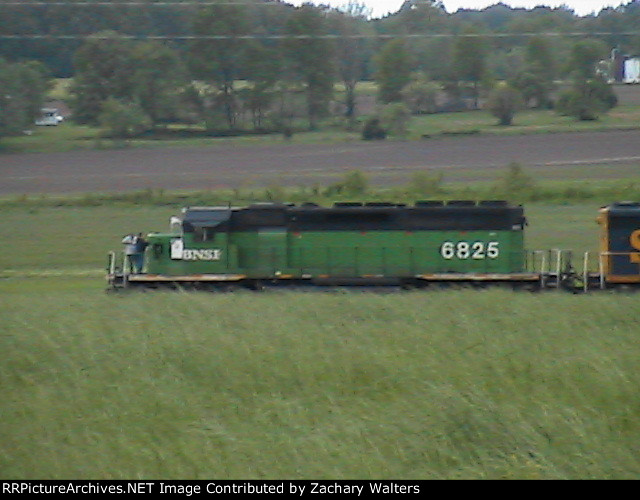 BNSF 6825