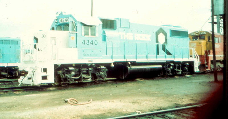 Blue and White Rock GP38-2