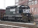 NS SD40-2 6135