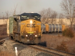CSX 471 goes solo as it lifts Q334-16 up the hill towards Fox