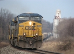 CSX 5200 brings Q334 back to track speed