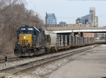 CSX 2517 starts Y103 eastward with lots of pipe for American Cast Iron
