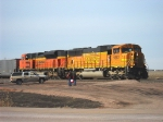 BNSF 9882 & 9393 idle as the crew changes