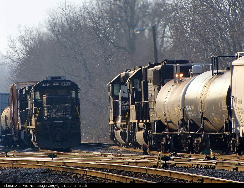 NS 1649 and 2501 on the VSO1, pulling south through the yard
