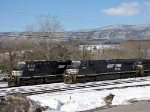 NS 9944(V92) and NS 7583(unassigned) idle in the yard